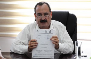 5 Jorge Messeguer, Firma Convenio AGUA