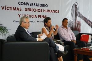 Conversatorio victimas derechos humanos y justicia penal20130711_1936