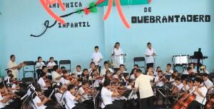 Elena Cepeda_Orquesta Sinfónica Infantil de Quebrantadero_Axochiapan, Morelos_19 julio 2013_003