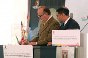 Graco-Presentación de la iniciativa de decreto de la nueva fiscalia general del estado20130704_0373