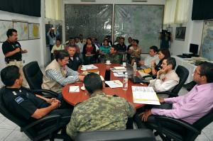 Reunión protocolos de actuación volcán20130709_1875
