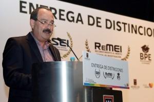 JMG ENTREGA RECONOCIMIENTOS AL MERITO DE LA INVESTIGACION (15)