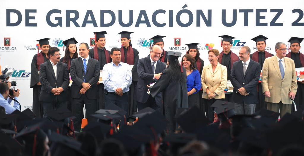 Graco Ramírez-Graduación UTEZ (9)
