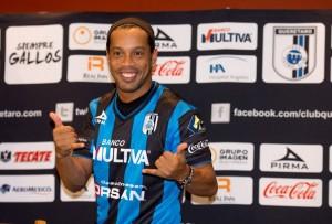 Ronaldinho-Queretaro