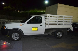 camioneta Nissan Estaquitas color blanco (1)