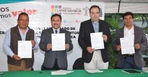 JMB en la Entrega del Certificado de Coprocesamiento de Llantas de Cementos Fortaleza al Mpio. de Cva. (4)