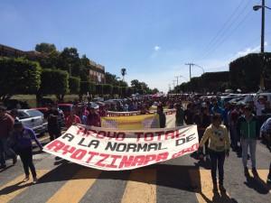 normalistas de Ayotzinapa (1)