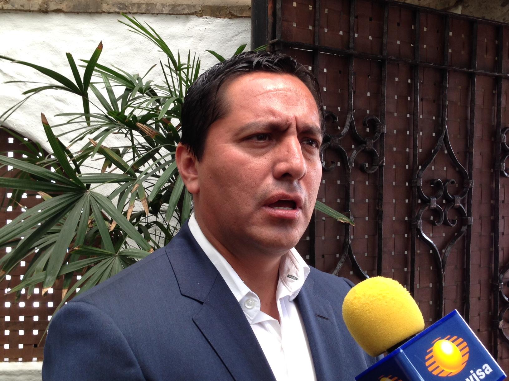 coordinador parlamentario del PRI Alberto Martínez González