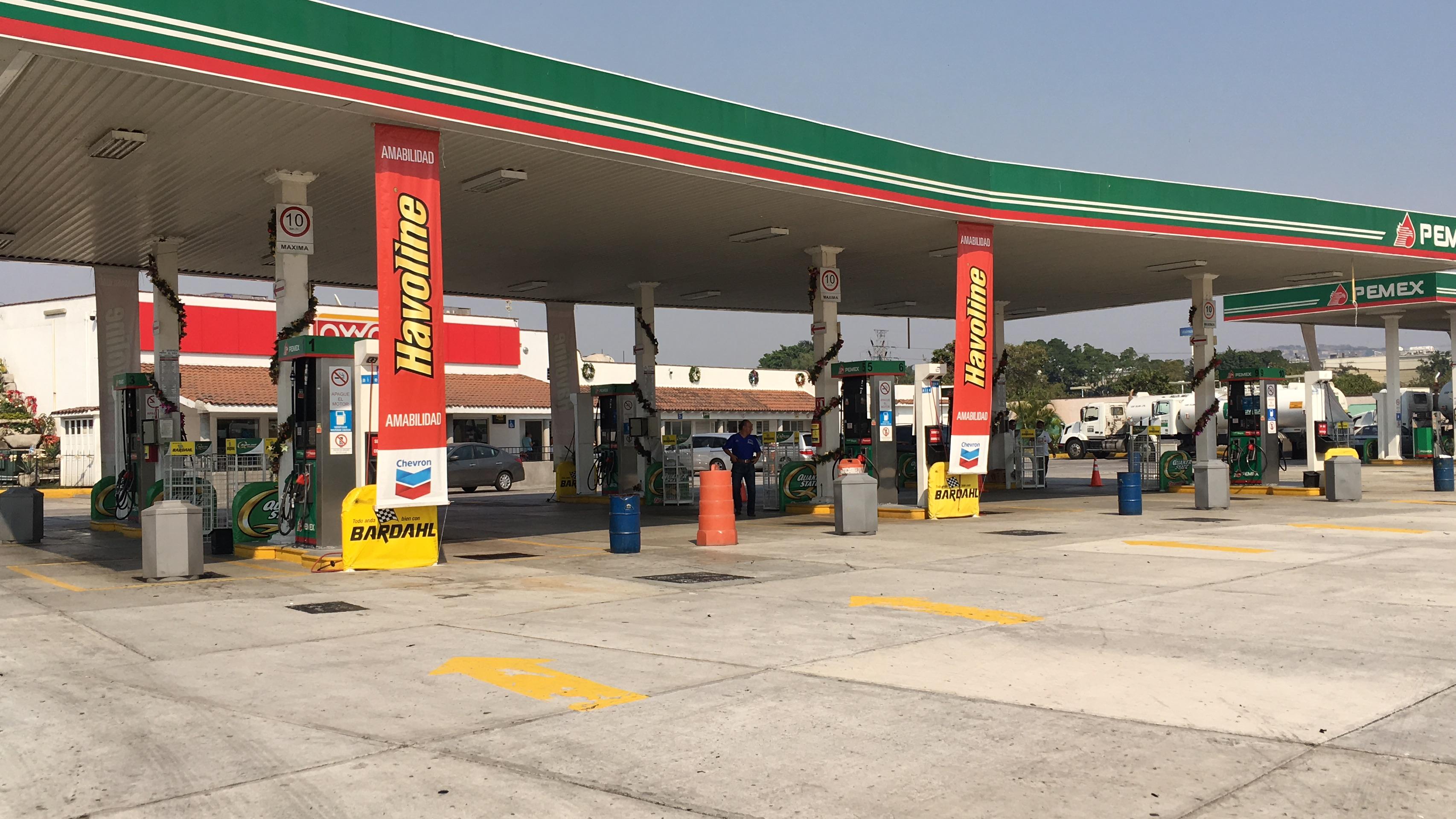 El gasto del combustible reno safran 2.5 gasolina